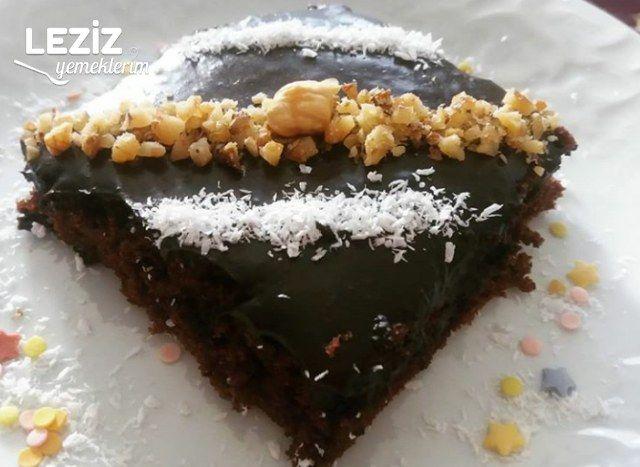 Tam Ölçülü Çikolata Soslu Kek