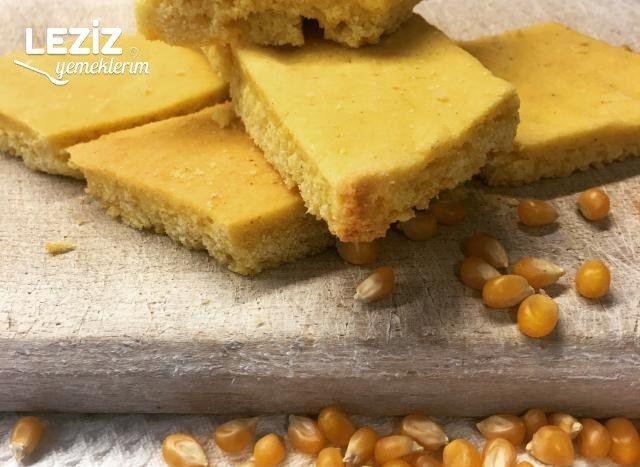 Tereyağlı Mısır Ekmeği
