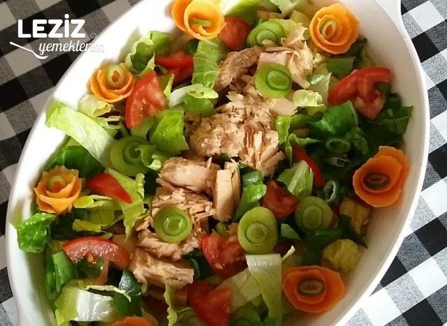 Leziz Ton Balıklı Salata Tarifi