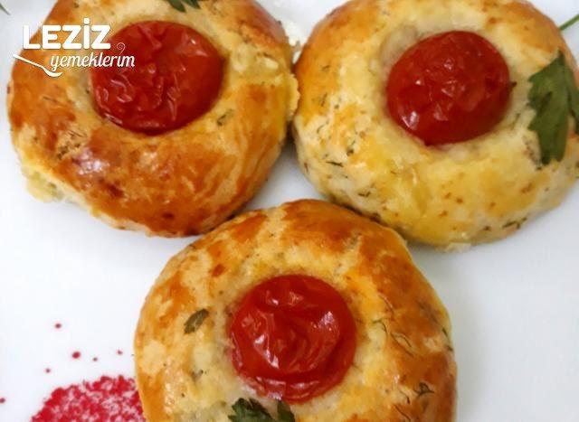 Dereotlu Peynirli Poğaça (Tam Kıvamında)
