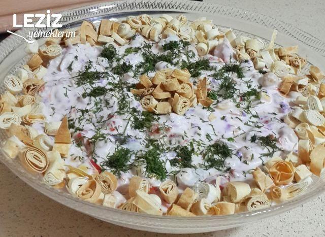 Tavuklu Nohutlu Salata