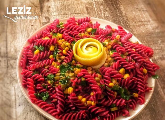 Şalgam Suyu İle Makarna Salatası