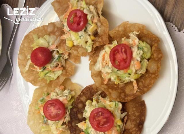 Çıtır Çanakta Tavuk Salatası