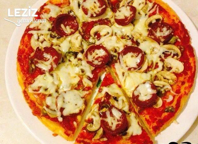 Enfes Karışık Pizza