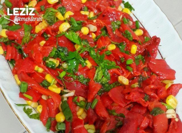 Kırmızı Biber Salatası Leziz Yemeklerim