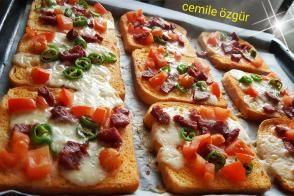 Ekmek Pizzaları