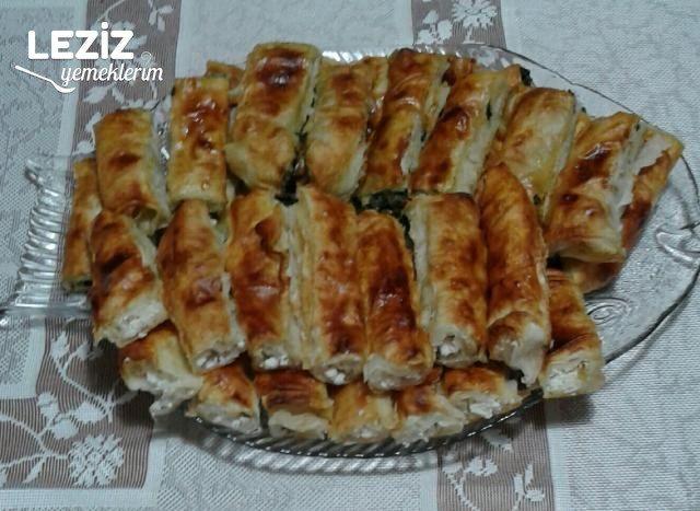 Ispanaklı Börek Nasıl Yapılır (Tüm Aşama Fotolarıyla)