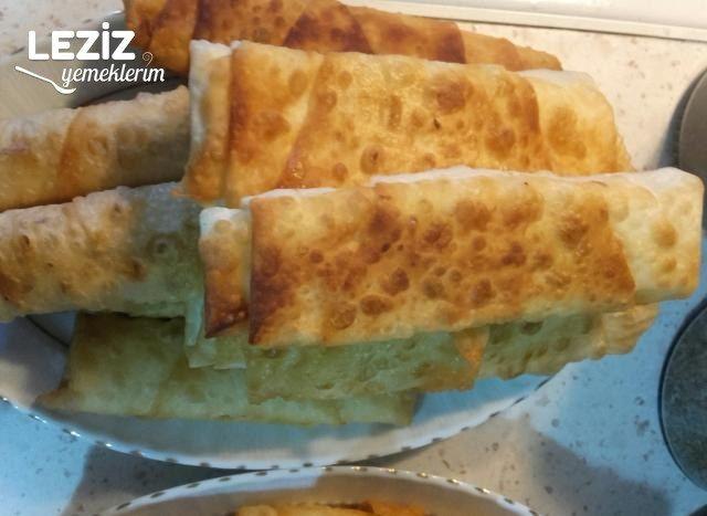 Çıtır Çıtır Paçanga Böreği Tarifi