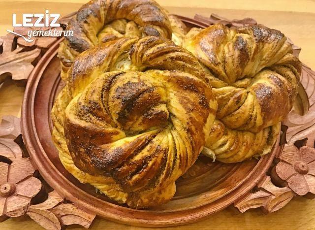 Tel Tel Ayrılan Haşhaşlı Çörek
