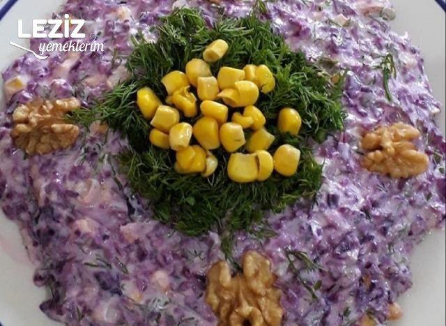Pratik Mor Lahana Salatası Nasıl Yapılır