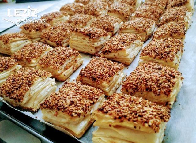 Simit Tadında Milföy Börek Tarifi