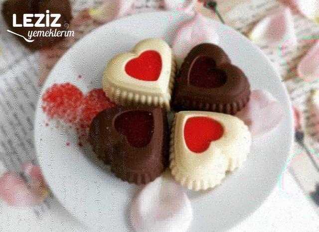 Çikolata Kaplı Kalpli Kekler