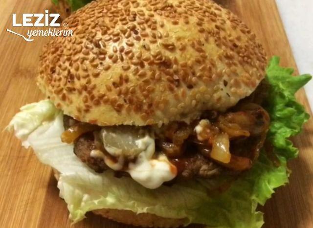 Karamelize Soğanlı Hamburger