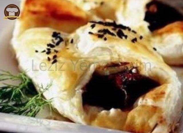 Biftekli Milföy Börek
