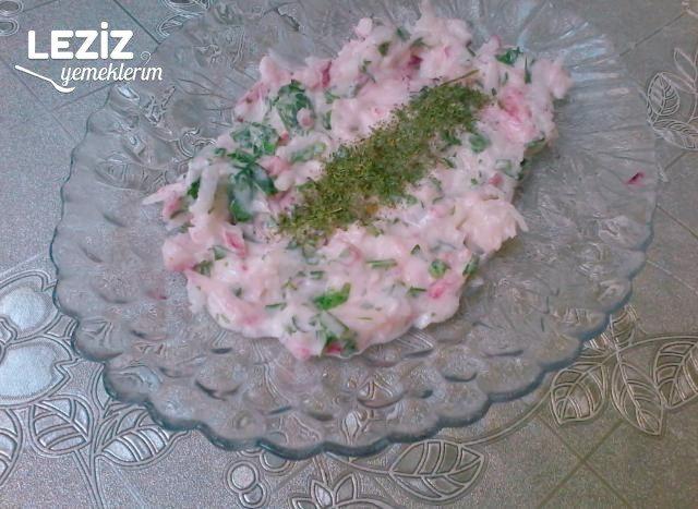 Yoğurtlu Turp Salatası