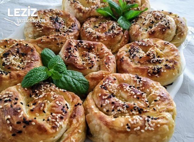 Nefis Ispanaklı Gül Böreği Nasıl Yapılır