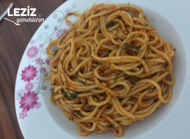 Sebzeli Spagetti Makarna