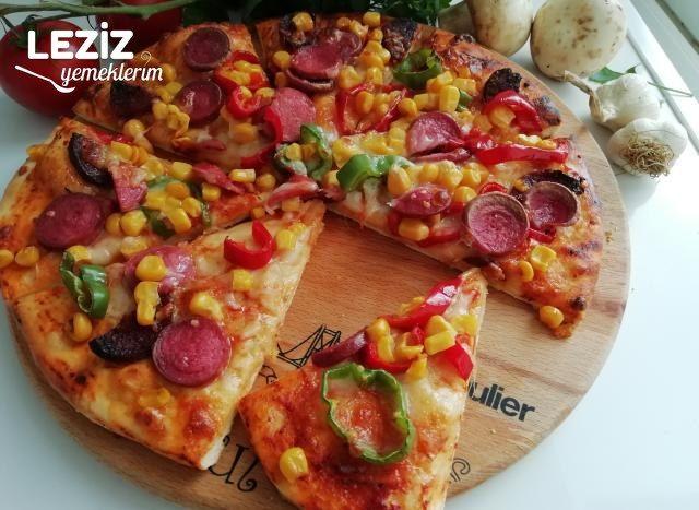 Ev Yapımı Pizza Nasıl Yapılmalı