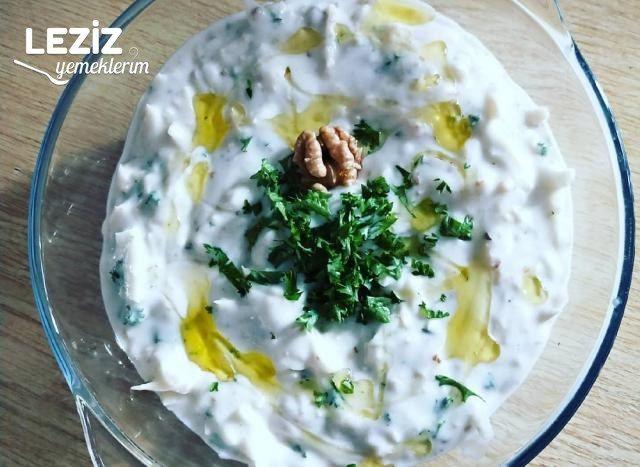 Leziz Kereviz Salatası