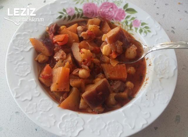 Patlıcan Sulusu Yemeği