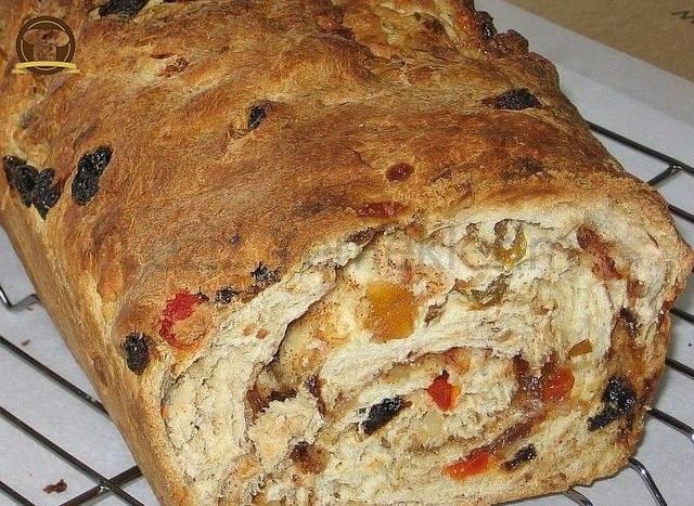 Tatlı Yılbaşı Ekmeği