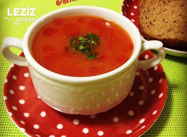 Kırmızı Kapya Biber Çorbası