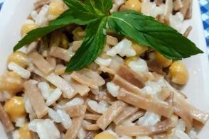 Erişteli Nohutlu Pirinç Pilavı