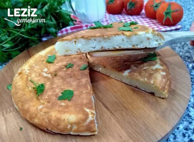 Yufkasız Tava Böreği (Peynirli Yoğurtlu)