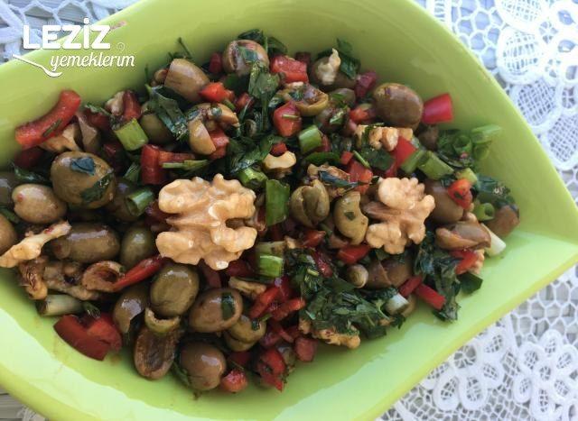 Zeytin Salatası Nasıl Yapılır?