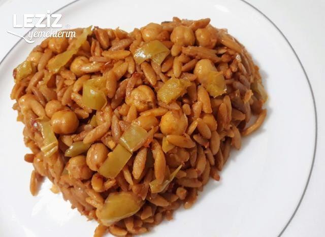 Tavuk Suyuna Nohutlu Arpa Şehriye Pilavı