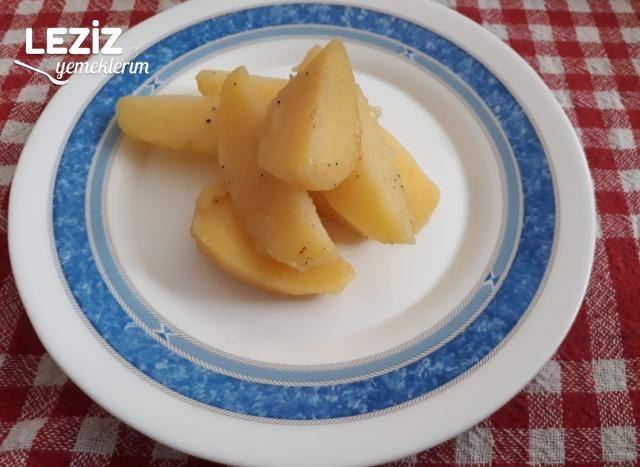 Kahvaltıya Haşlama Baharatlı Elma Dilim Patates