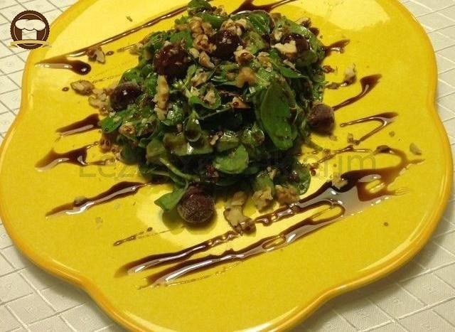 Kinoalı, Vişneli Semizotu Salatası