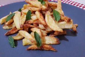 Çok Farklı Çıtır Çıtır Patates Kızartması