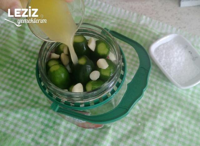 Sıcak Su İle Limonlu Salatalık Turşu Tarifi