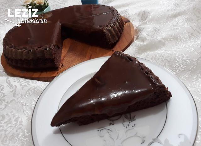 Caramio Tadında Çikolatalı Karamelli Pasta