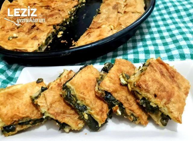Peynirli Semizotlu Tepsi Böreği