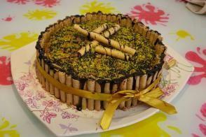 Rulo Gofretli Doğum Günü Pastası