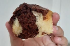 Sade Ve Kakaolu Top Kek