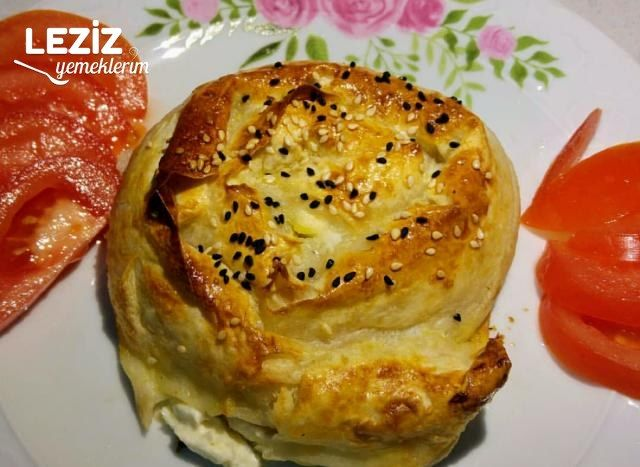 Sodalı Yalancı Boyoz Böreği (Gül Böreği)