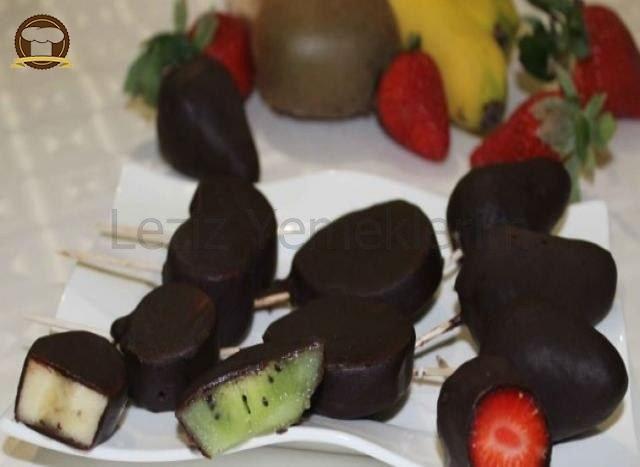 Çikolatalı Meyve Dilimleri