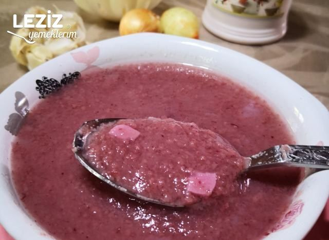 Kızılcık (Kıren) Tarhanası Çorbası