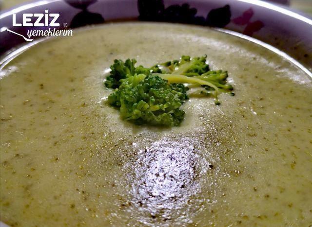Sağlıklı Nefis Brokoli Çorbası