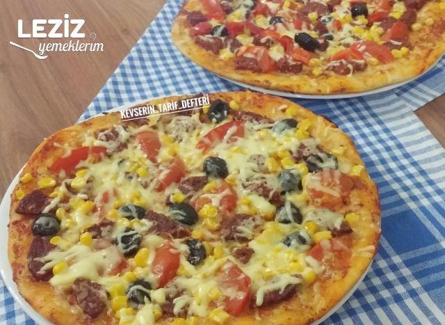 Tavada Yumuşacık 2 Kişilik Pizza Tarifi