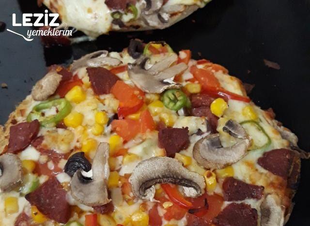 Bazlamadan 20 Dk Pratik Pizza Yapımı