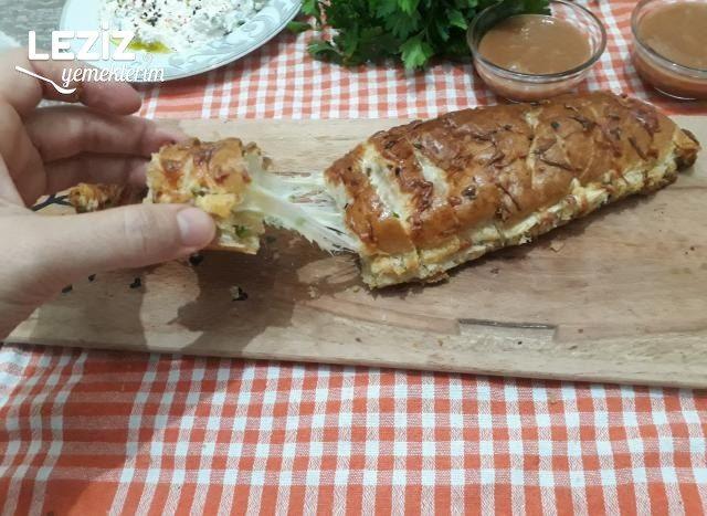 Sarımsaklı Kaşarlı Ekmek Tarifi