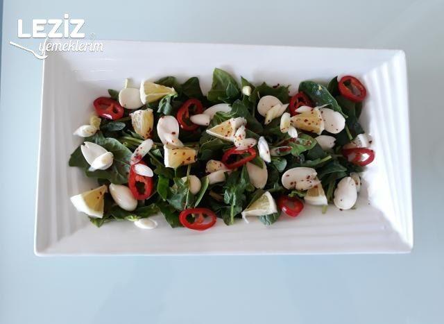 Bademli Ispanak Salatası