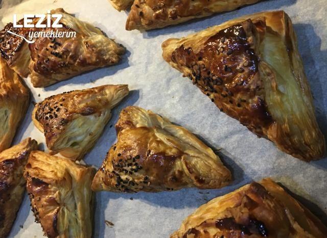 Sosisli Milföy Börek Tarifi, Nasıl Yapılır