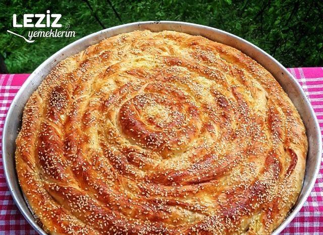 Hamuru Mayalı Patatesli Çarşaf Böreği