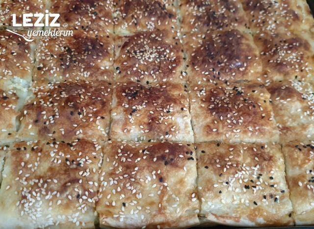 Hazır Yufkadan Nefis Peynirli Börek