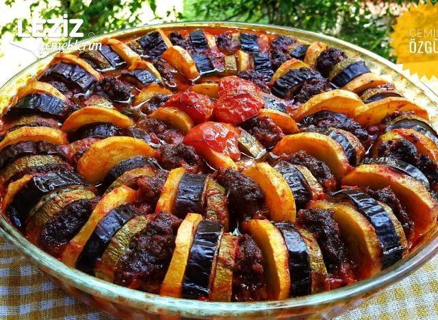 Fırında Kabaklı Patlıcanlı Köfte